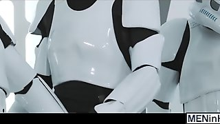 Luke Skywalker gets gangbanged and bathed in hot trooper cum